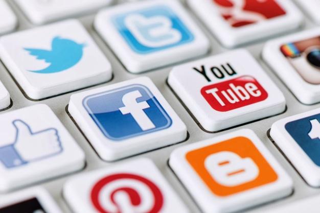 Redes sociales, etc ...